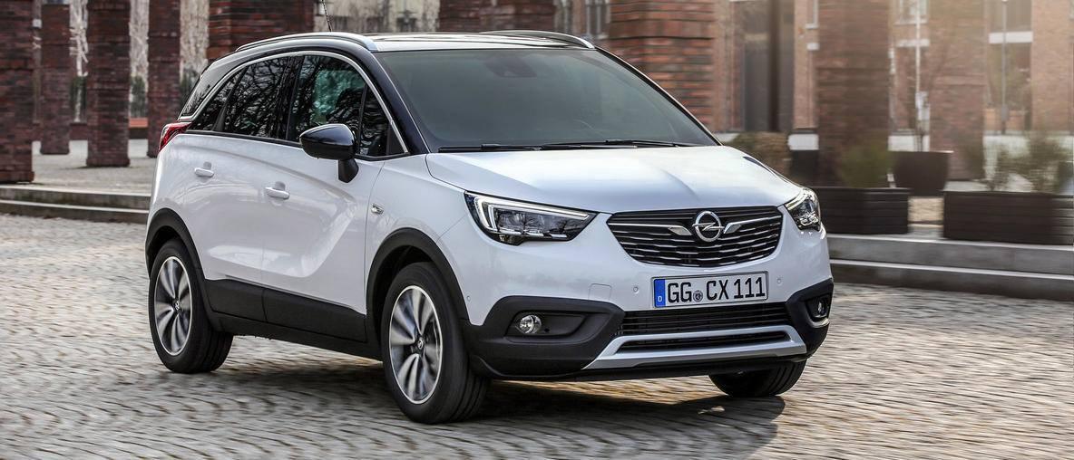 Megérkezett az új Opel Crossland x az Opel Gomboshoz
