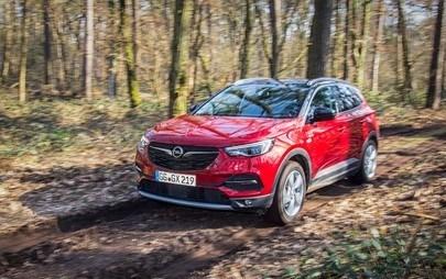 Az Opel Grandland X nyerte az Off Road kitüntetést