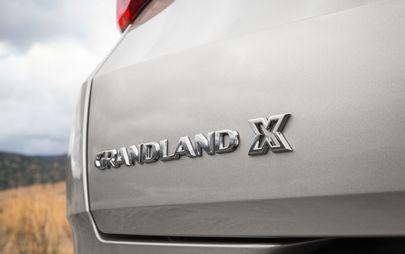 Új, erős benzinmotorjával jobban megy az Opel Grandland X