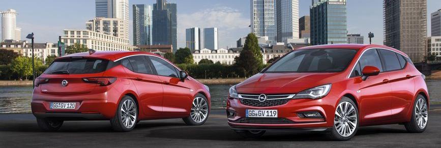 Opel Astra K enjoy parkol